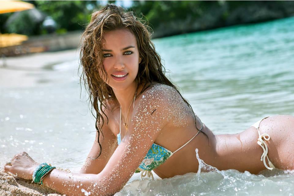 Irina Shayk, model seksi yang pernah menjalin hubungan dengan Cristiano Ronaldo